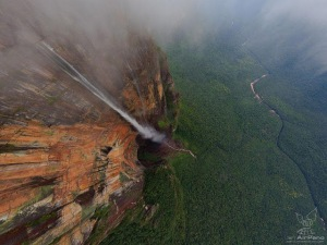 Air Terjun Tertinggi Di Dunia1